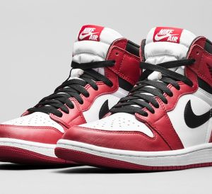 Air-Jordan-1-Retro-High-OG-Chicago-11