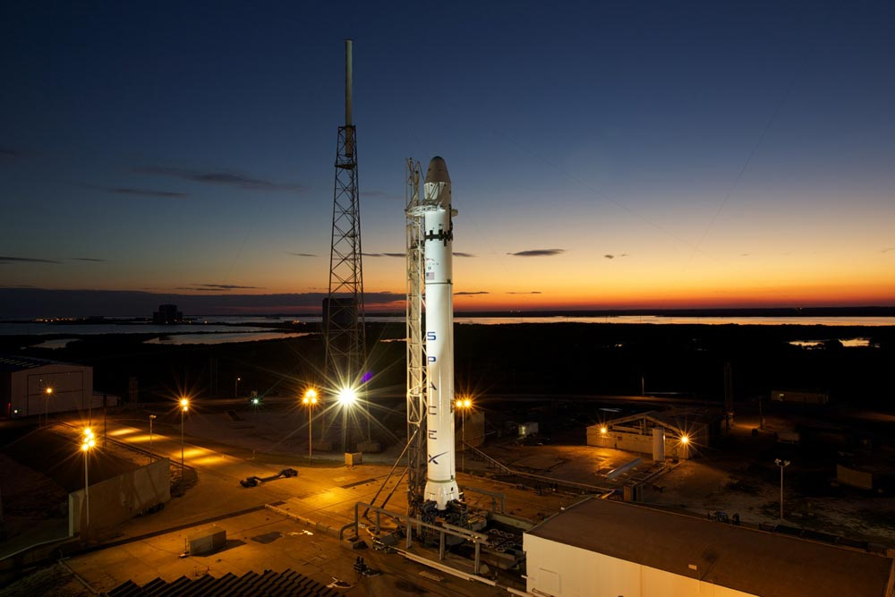 falcon9-sunset-100223-02