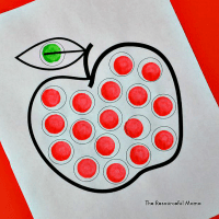 Apple Dot Painting (Dot Marker Printable)