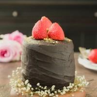 Strawberries & Cream Brownie Cake