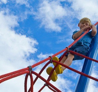 child climing ropes fb