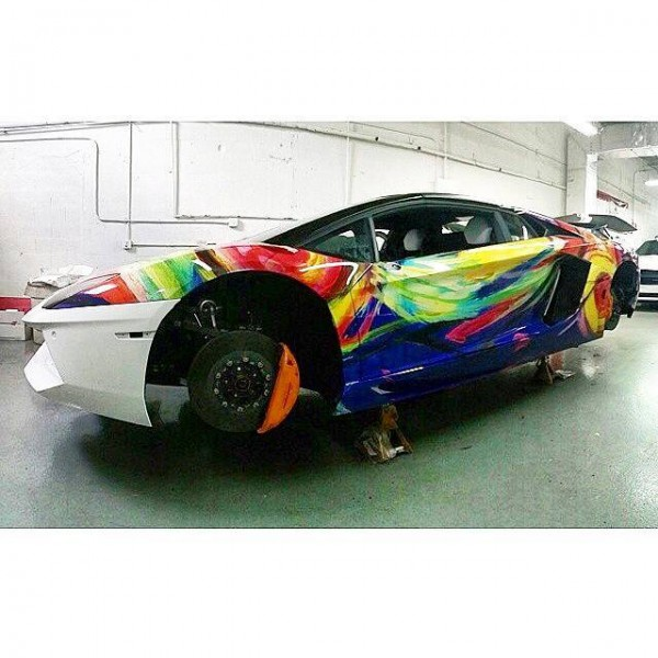 Duaiv art wrapped aventador