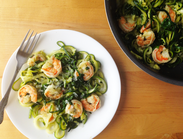 Garlic Shrimp Zucchini Noodle Pasta / The Small Town Foodie