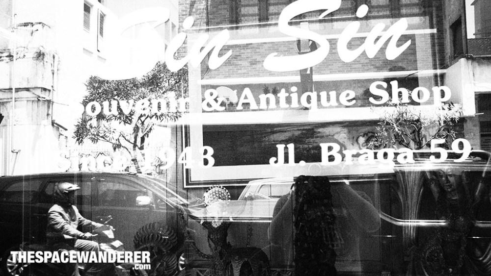Sin Sin Antique Shop