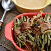 Friendsgiving Dinner: Green Bean Bacon Bundles