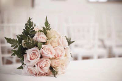 How to Get Free Wedding Flowers