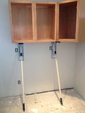 The Stand-In cabinet jack