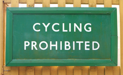 War on the roads a problem? Easy! Just tell cyclists to put up and shut up!