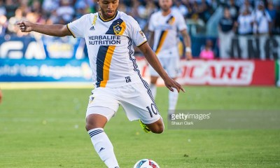 CARSON, CA - SEPTEMBER 11: Giovani dos Santos #10 of Los Angeles Galaxy during Los Angeles Galaxy's MLS match against Orlando City SC at the StubHub Center on September 11, 2016 in Carson, California. The Los Angeles Galaxy won the match 4-2. (Photo by Shaun Clark/Getty Images)