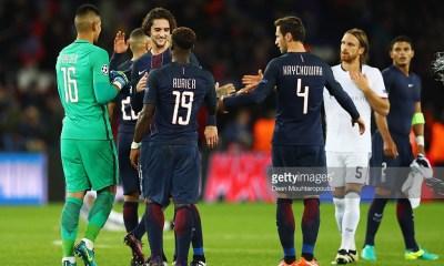 PARIS, FRANCE - OCTOBER 19: The players of PSG celebrate after victory in the Group A, UEFA Champions League match between Paris Saint-Germain Football Club and Fussball Club Basel 1893 at Parc des Princes on October 19, 2016 in Paris, France. (Photo by Dean Mouhtaropoulos/Getty Images)