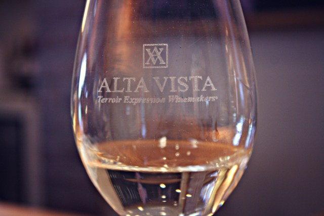 South American drinks you must try during your travels: Torrontes wine from Argentina.