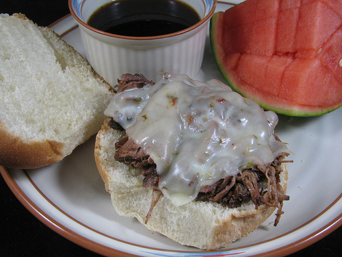 Slow Cooker Beef Dip Sandwiches