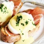Eggs Benedict with Horseradish Hollandaise Sauce