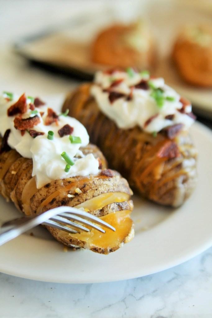 cheddar-ranch-hasselback-potatoes-3