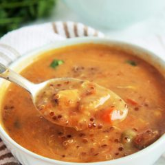 chicken-enchilada-quinoa-soup-2
