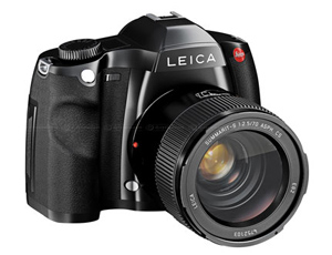 Leica S System previewed in The technofile