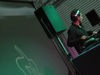 DVJ Kriel photographed at London Calling 2006 by MC Rebbe The Rapping Rabbi