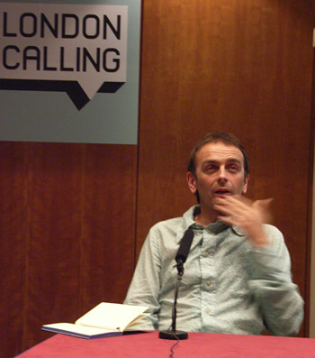 Karl Hyde of Underworld photographed at London Calling 2006 by MC Rebbe