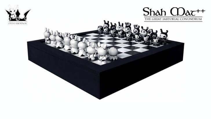 Otto Bjo?rnik x Kidrobot's Shah Mat Dunny Chess