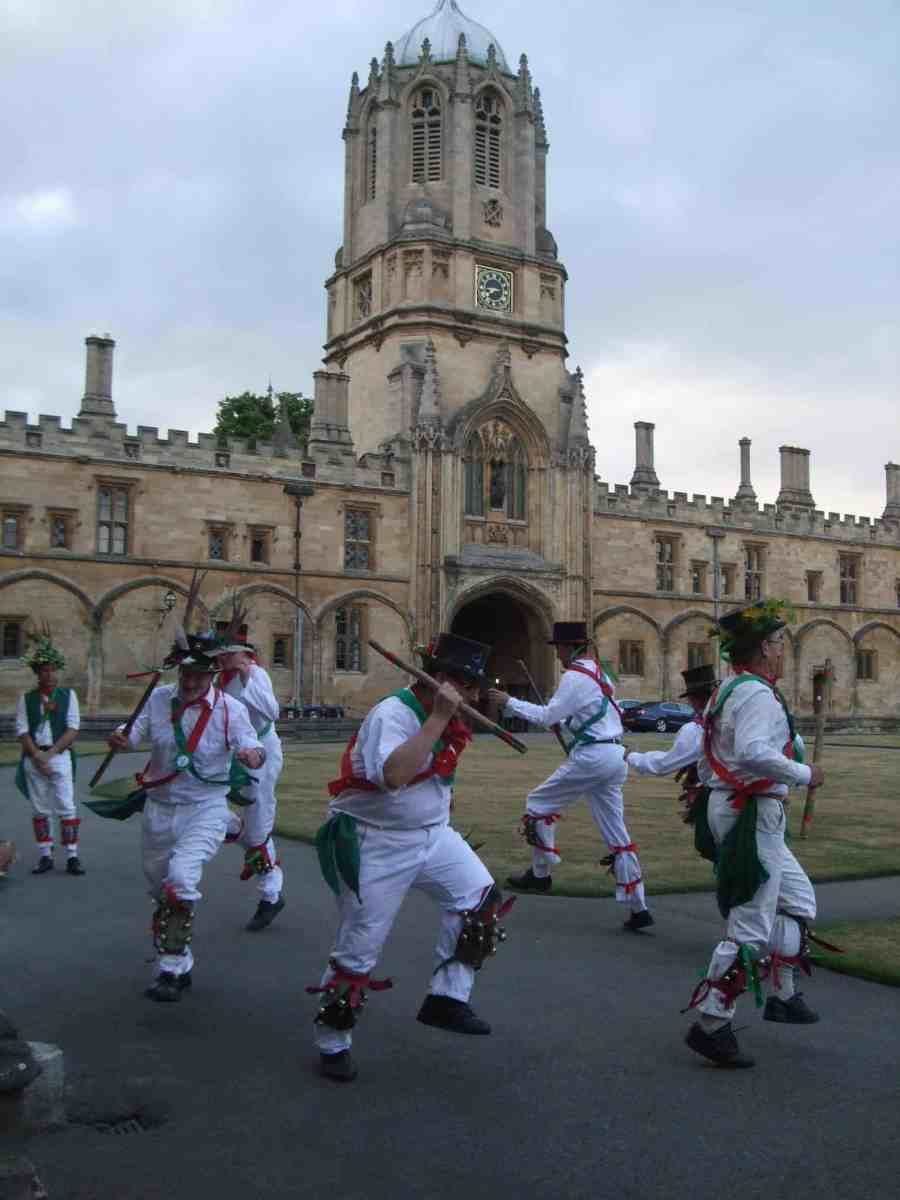 Hungry for Learning?   Sample Oxford's  Summer Banquet