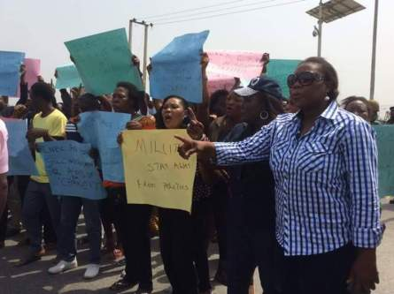 Bayelsa citizens protest the involvement of the military in the government elections of December 5, 2015 | Facebook