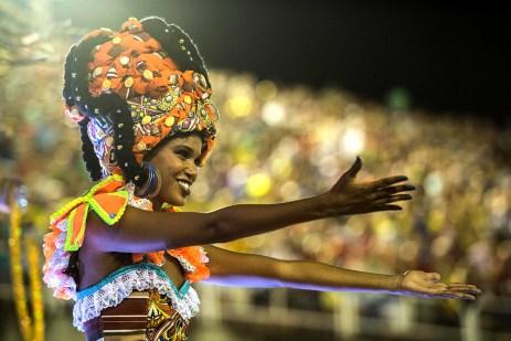 rio-carnival-2016-estacio-de-sa (5)