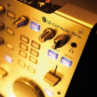 The Digital DJ - USB DJ Control Surfaces