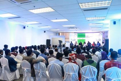 Userhub's Co-founders at the UX Seminar at BASIS SoftExpo 2017