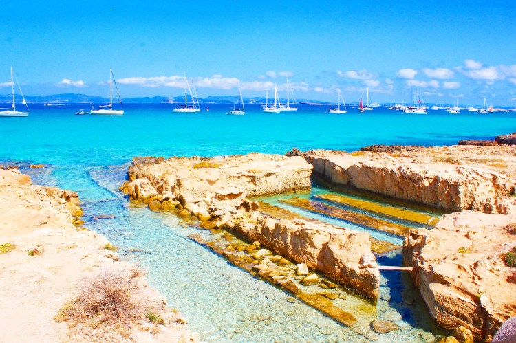 FLANNELS: The Travel File: Ibiza The Wanderlust Bug