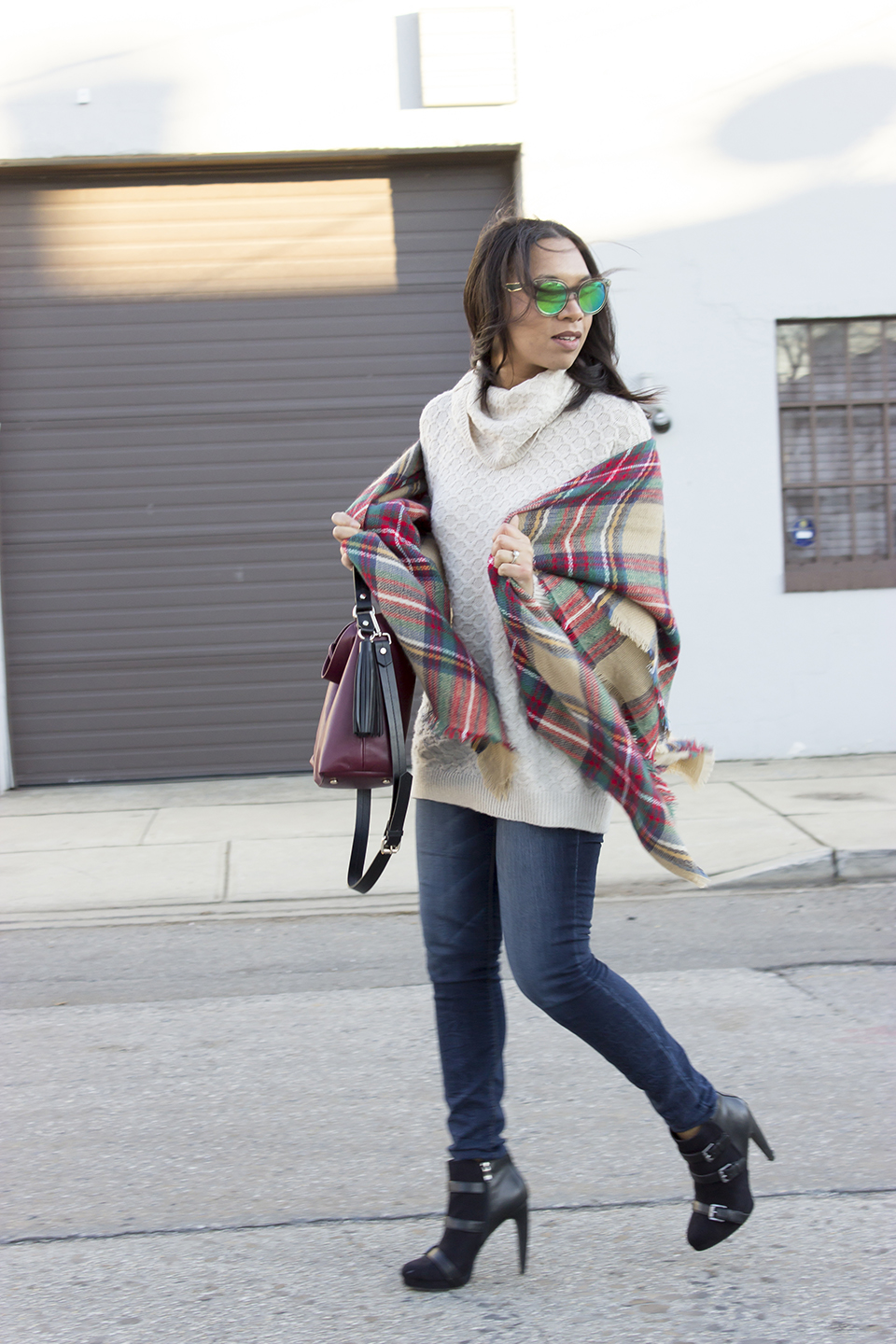 Jessica Hart, The Way To My Hart, Thewaytomyhart, blanket scarf, how to style a blanket scarf
