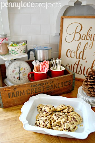 Holiday Home Tour Hot Cocoa Station