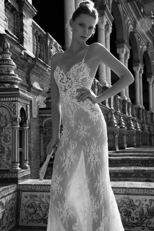CHARLIZE - Alon Livne 2017 Bridal Collection. www.theweddingnotebook.com