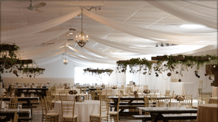Decor: Devine Wedding Design