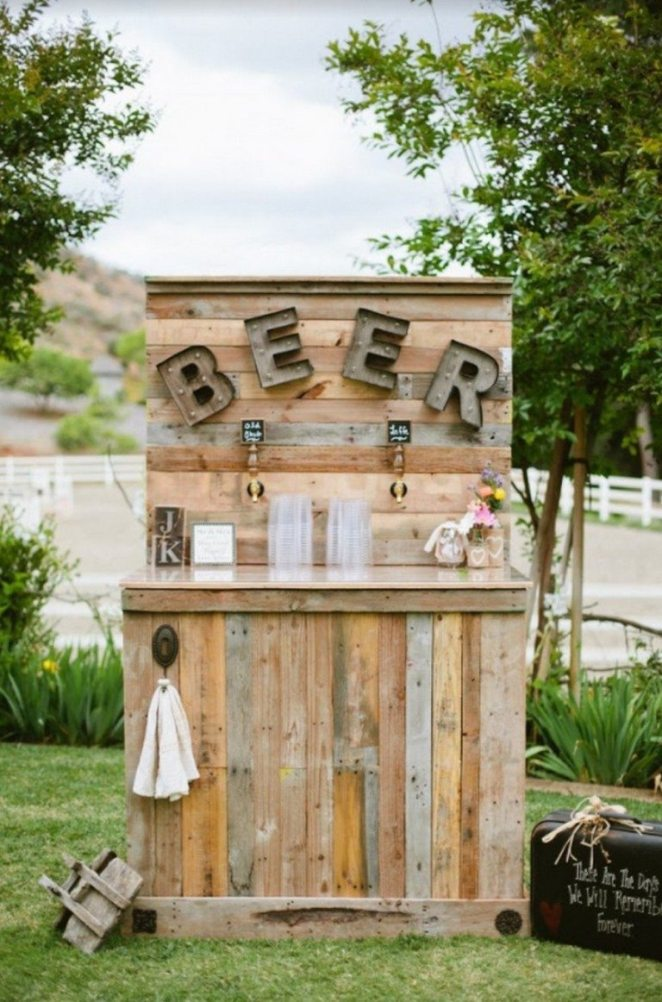 The newest DIY wedding craze provides a fun and refreshing twist on beverage options for your special day. From modern-rustic to country-chic, customizing your beer-bar will enhance your wedding theme and create an intimate atmosphere for your guests. Photo by: Dear Darling Photography