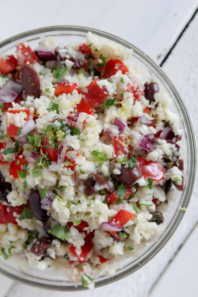 Cauliflower Rice Tabouleh from the Whole Smiths. You won't believe this is grain free! Paleo friendly, Whole30 compliant and gluten free. A MUST Pin!