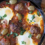 Whole30 compliant Shakshuka + Moroccan Spiced Meatballs from the Whole Smiths. An easy-to-make paleo and gluten-free recipe that can be easily added into your weekly meal plans on a regular basis.