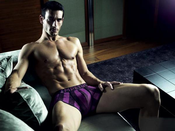 josh_kloss_impetus_bulge_hot_4