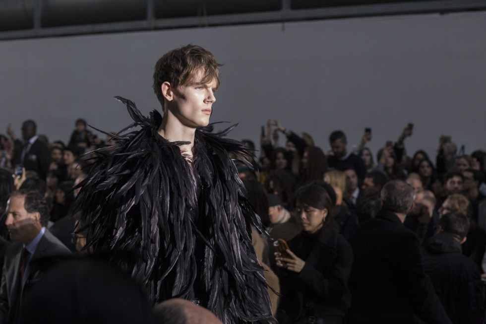 costume-national-autumn-winter-2015-feather-black-coat-01-big