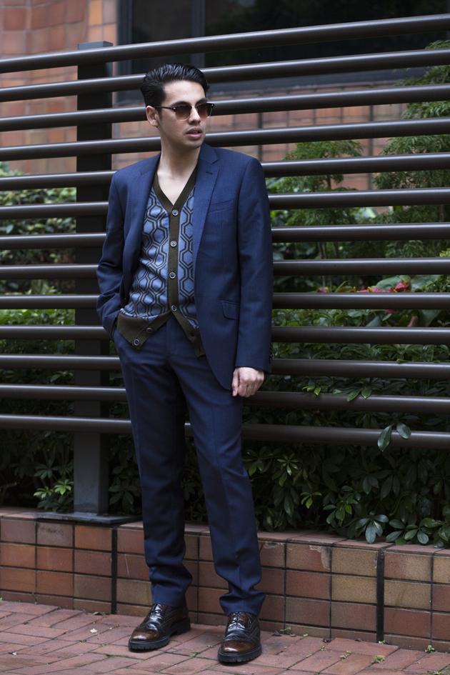 tm-lewin-hawking-suit-hong-kong-ronan-summers-03-s