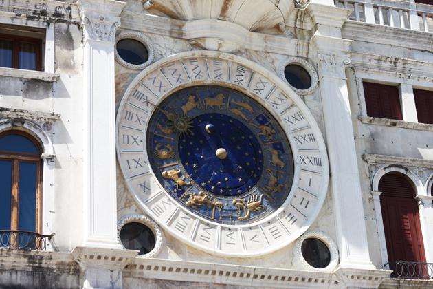 venice-101-guide-what-to-do-zodiac-watch-11