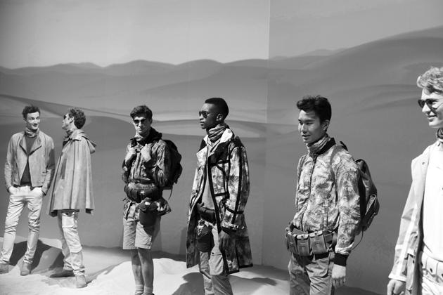 belstaff-spring-summer-2016-presentation-lcm-desert-explorer-details-09