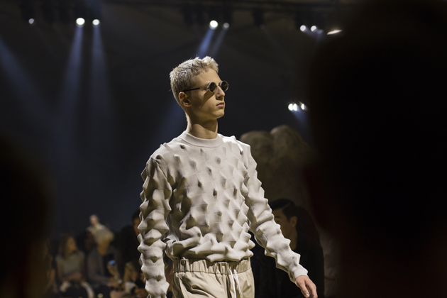 kenzo-spring-summer-2016-pfw-desert-collection-03-s-3d-cactus-sweater
