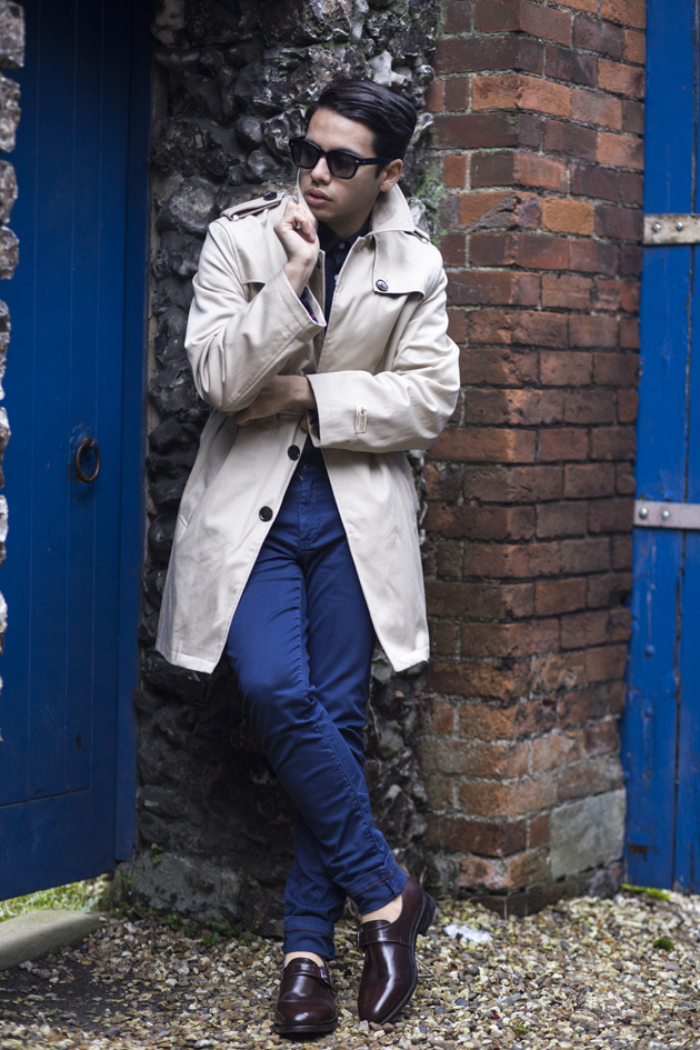samuel-windsor-aw15-gabardine-trench-ronan-summers-look01-10