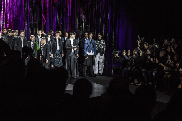 dsquared2-autumn-winter-2016-lucky-blue-smith-finale-08
