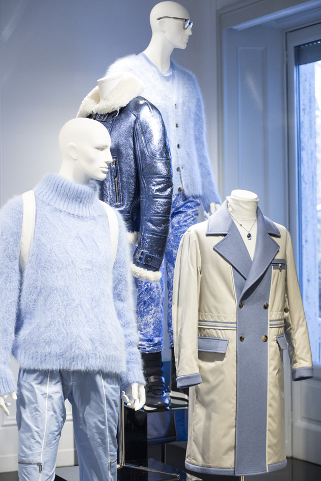 versace-blue-pale-collection