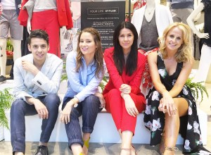 Menswear blogger Ronan Summers is a host at the Banana Republic take over event along with Julia Lundin, Kelly and Dawn