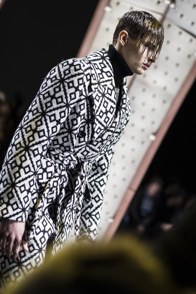 versace-men-autumn-winter-2017-mfw-06