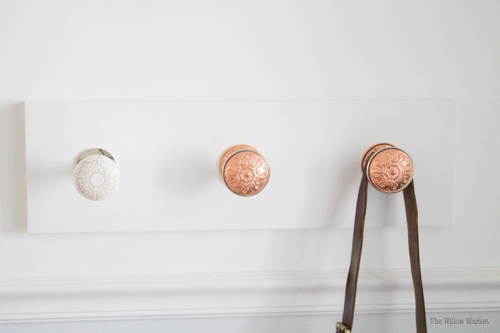 DIY Tutorial. Door knob hanger. Door knob project. Copper door knobs.