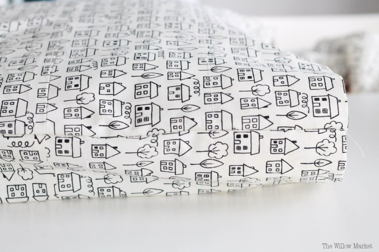 12A DIY Tutorial: How to make a pillowcase.