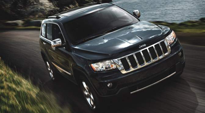 2011-Jeep-Grand-Cherokee-SRT8-Picture